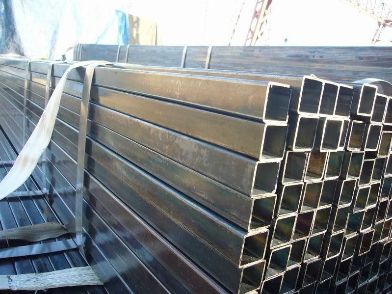 ERW Carbon Steel Black Square Welded Pipes